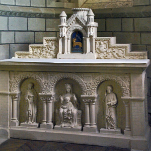Preuilly-sur-Claise, Abbey of St-Pierre - south transept altar.png